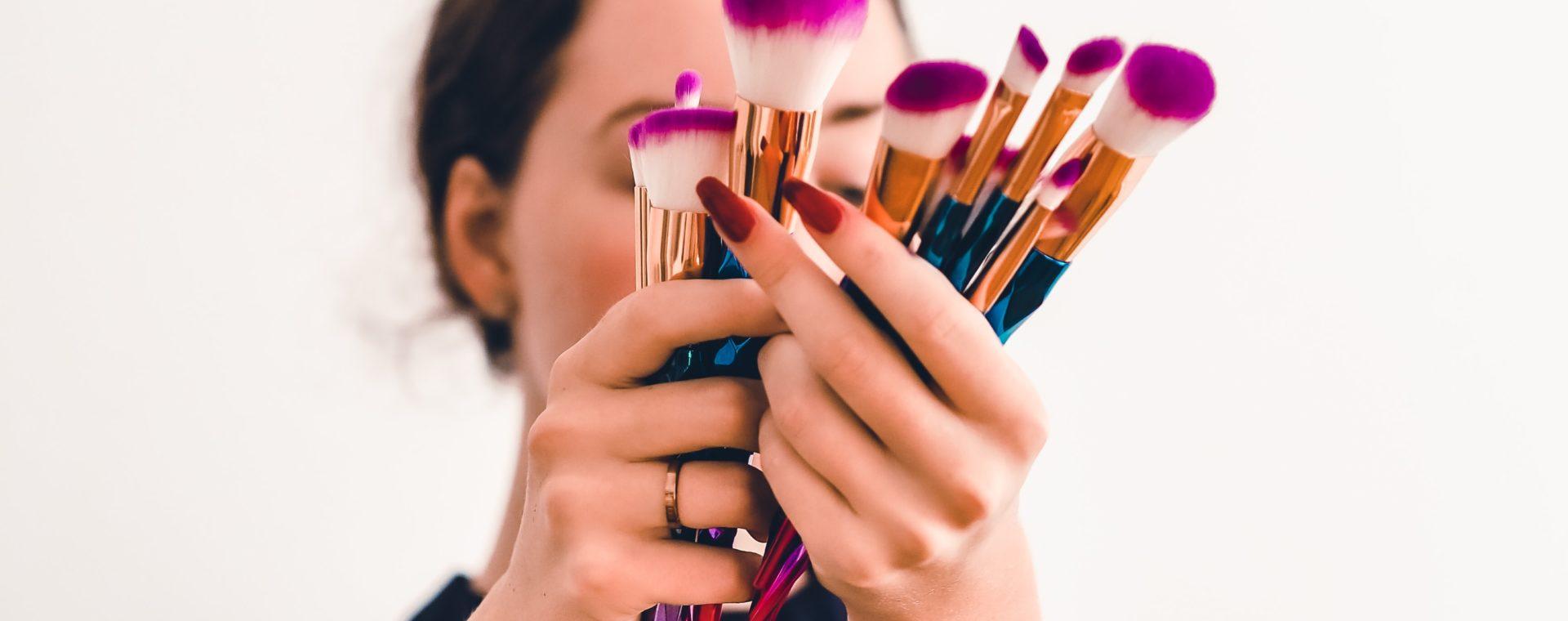 peau - maquillage - que doit-on faire après 45 ans
