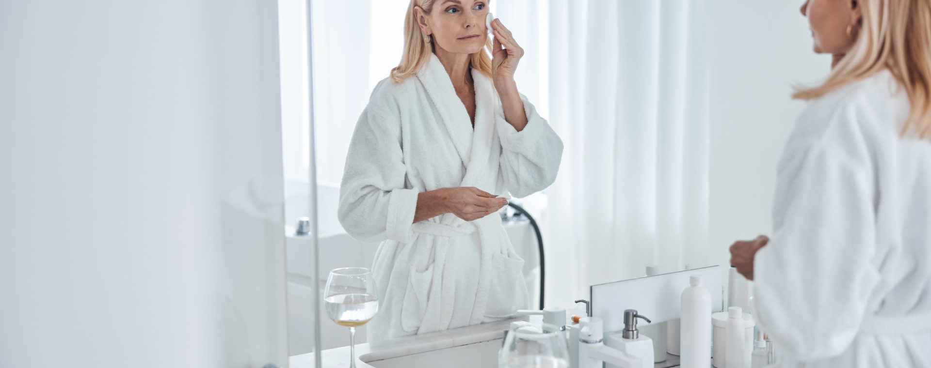 le relachement de la peau après 50 ans