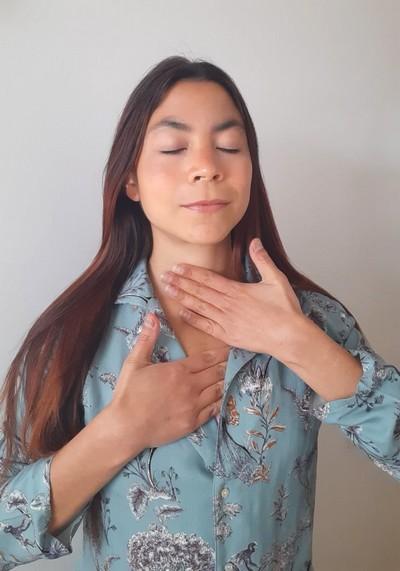 yoga du visage anti rides